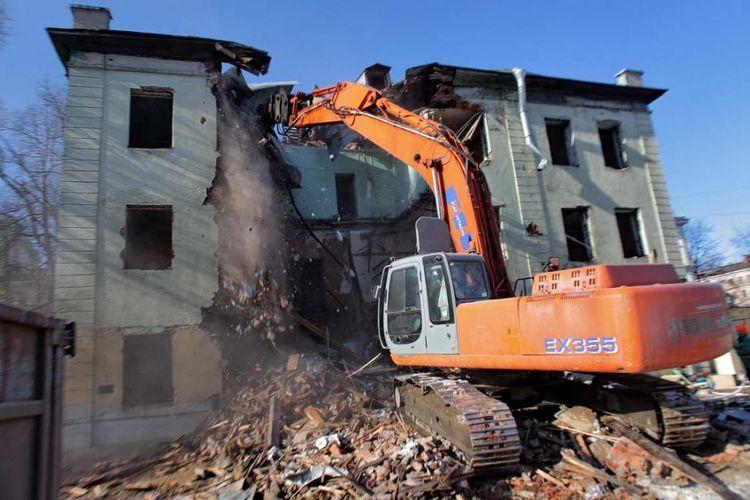 Демонтаж зданий в Курске